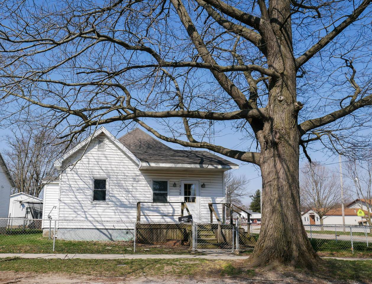 212 Spruce Street - Photo 1