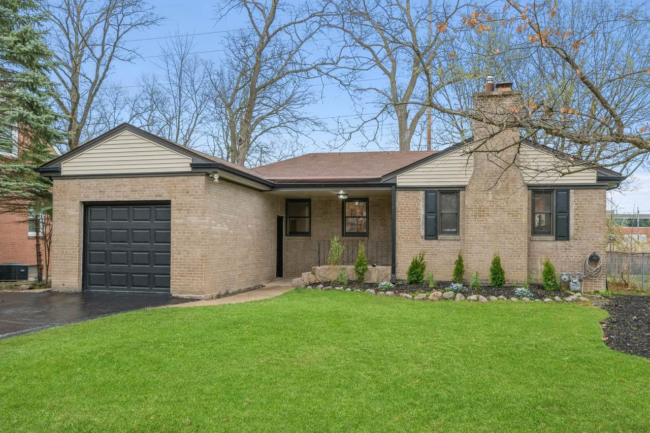 311 Barberry Road - Photo 1