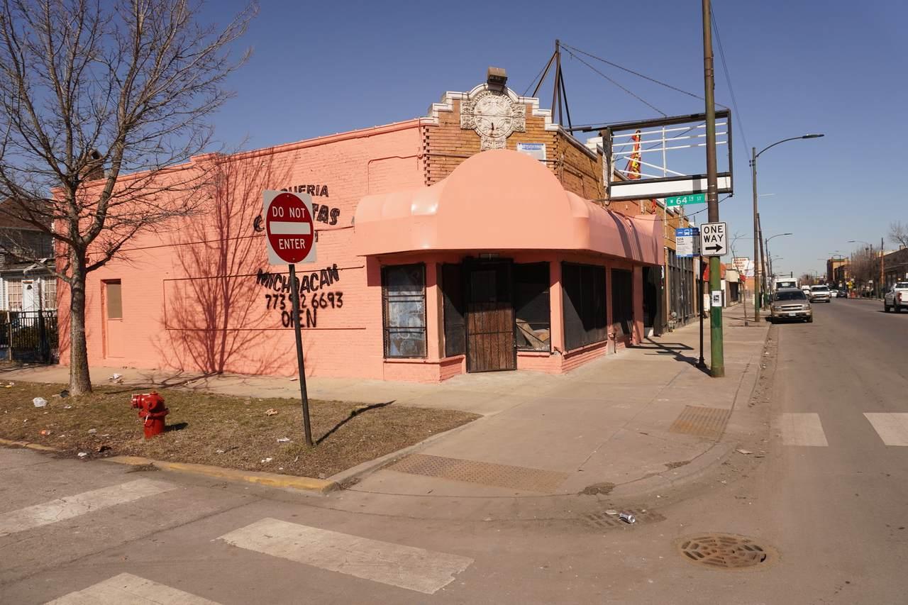 6346 Kedzie Avenue - Photo 1