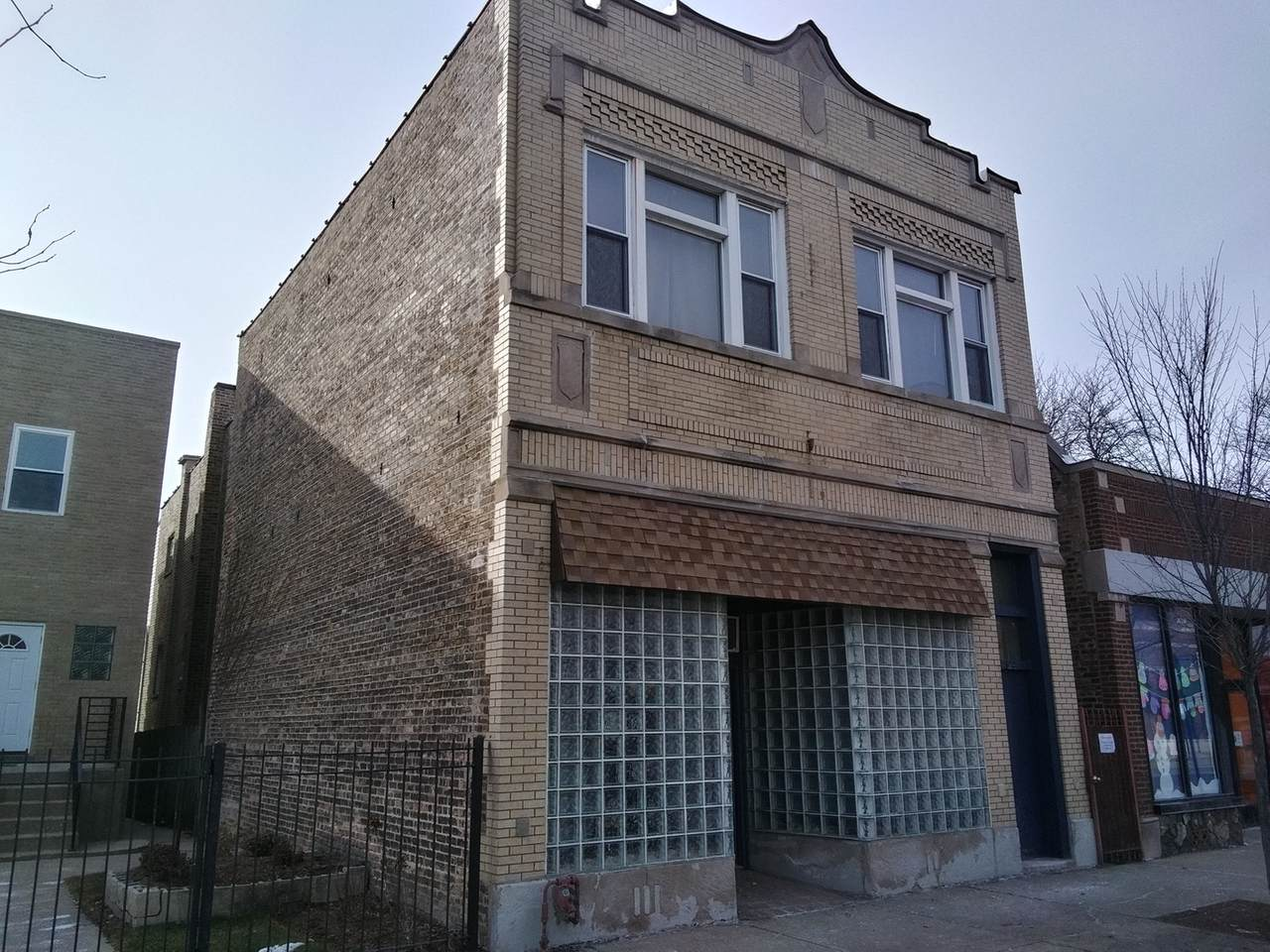 4324 Milwaukee Avenue - Photo 1