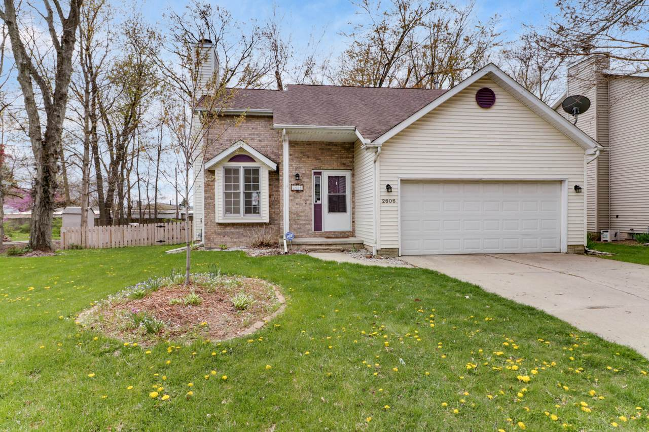 2606 Persimmon Place - Photo 1