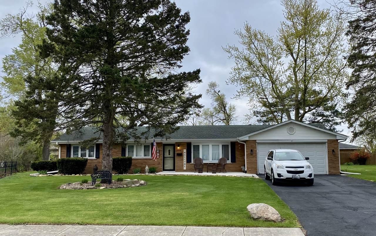 614 Marquette Drive - Photo 1
