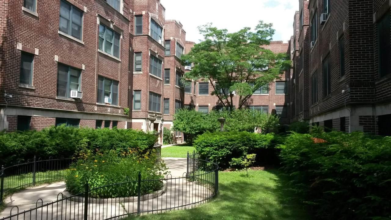 5551 Kimbark Avenue - Photo 1