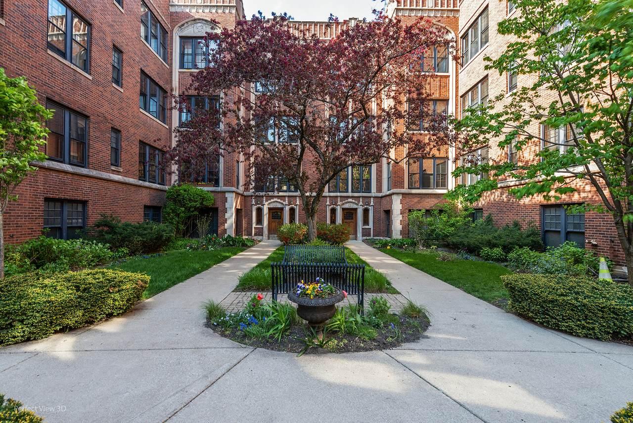 1356 Madison Park - Photo 1