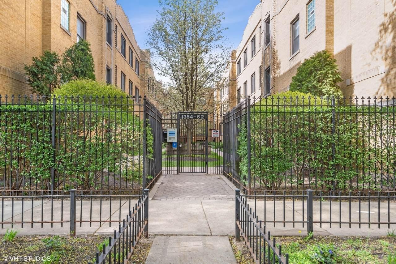 1360 Estes Avenue - Photo 1