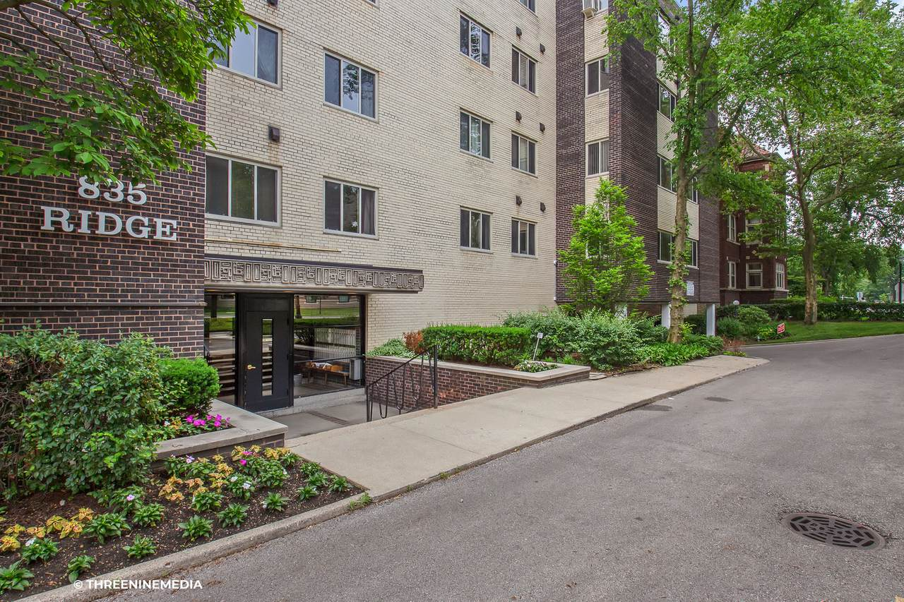 835 Ridge Avenue - Photo 1