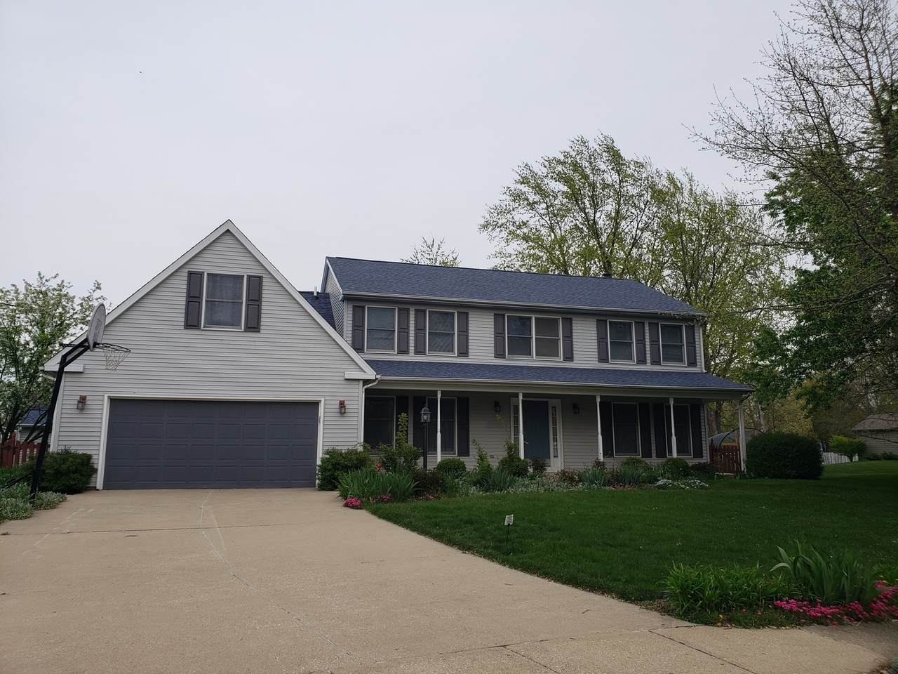 2401 Peppertree Place - Photo 1