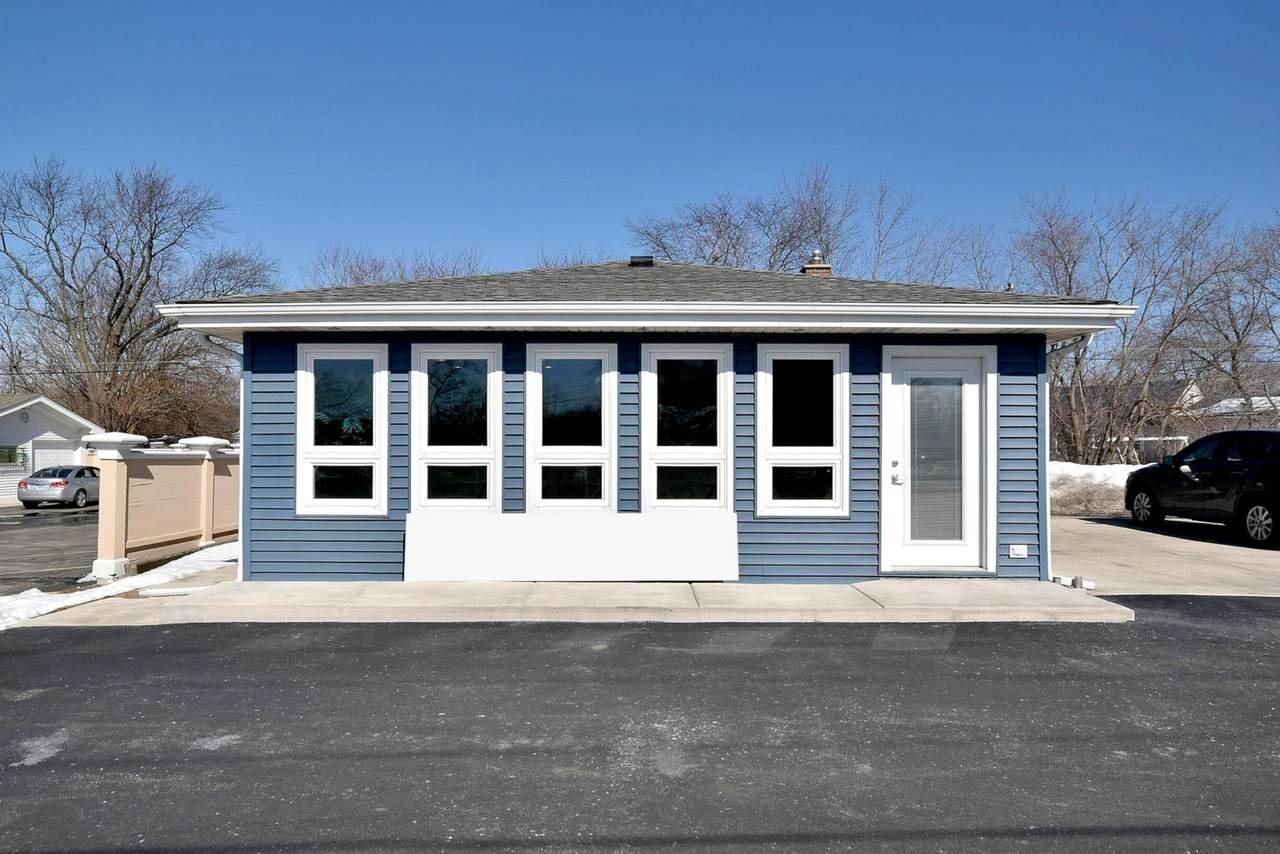 Regency Garages 17W486 Lake - Photo 1