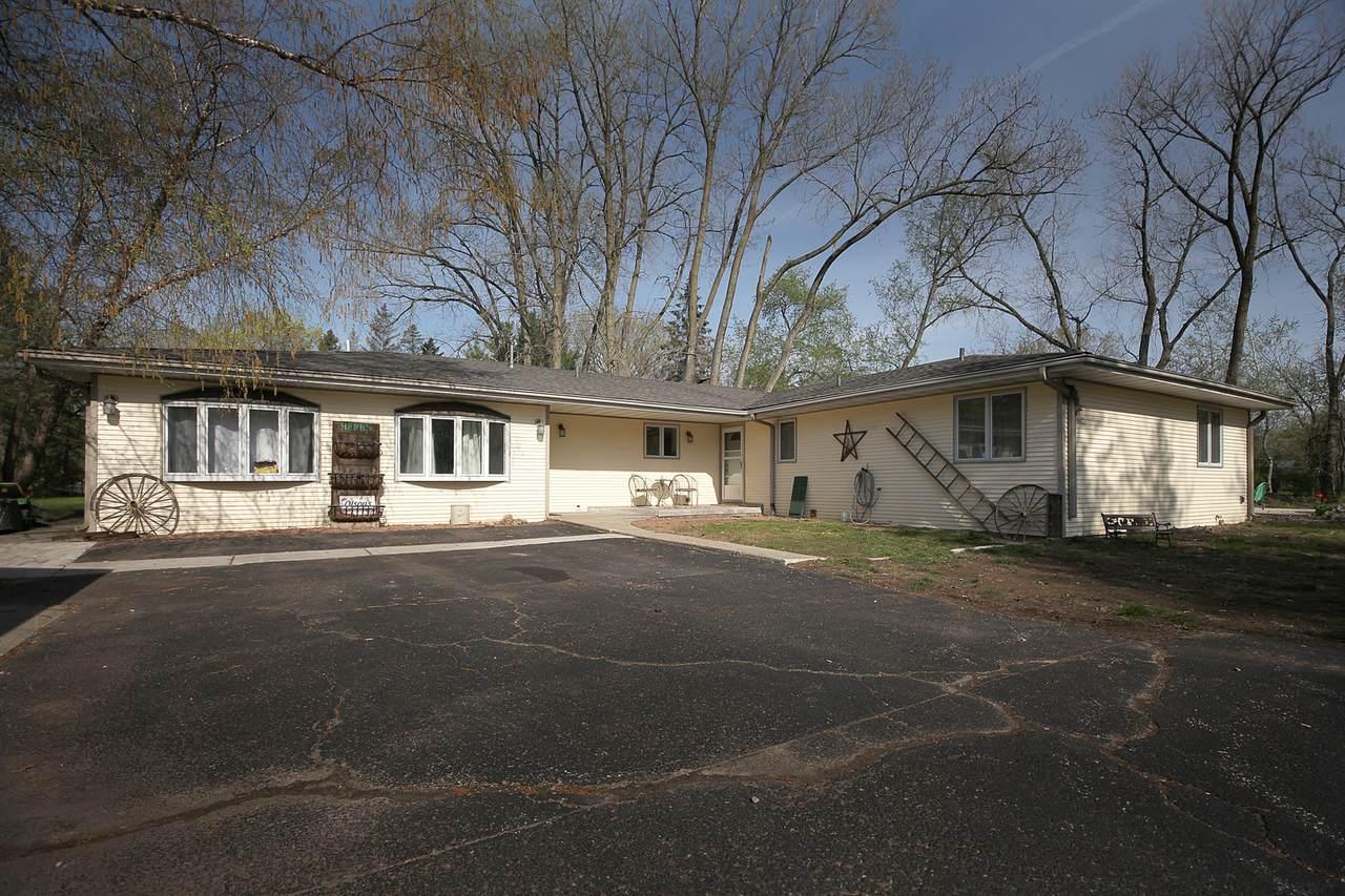 6210 North Prairie Drive - Photo 1
