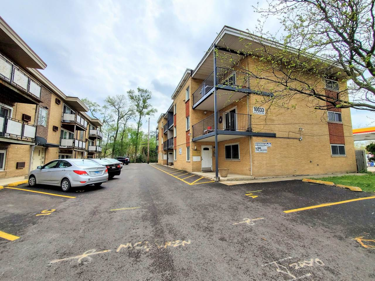 10033 Irving Park Road - Photo 1