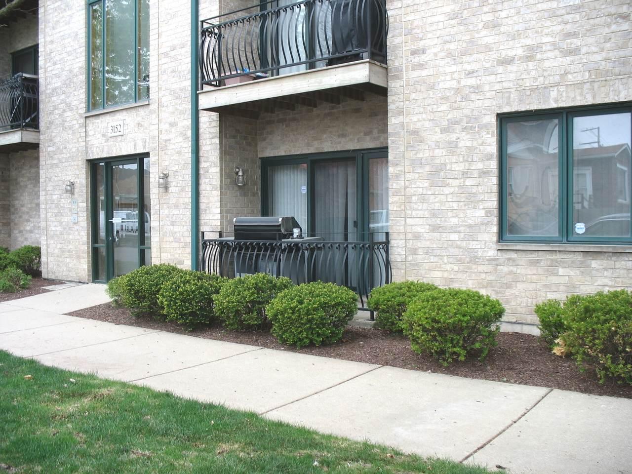 3152 Oleander Avenue - Photo 1