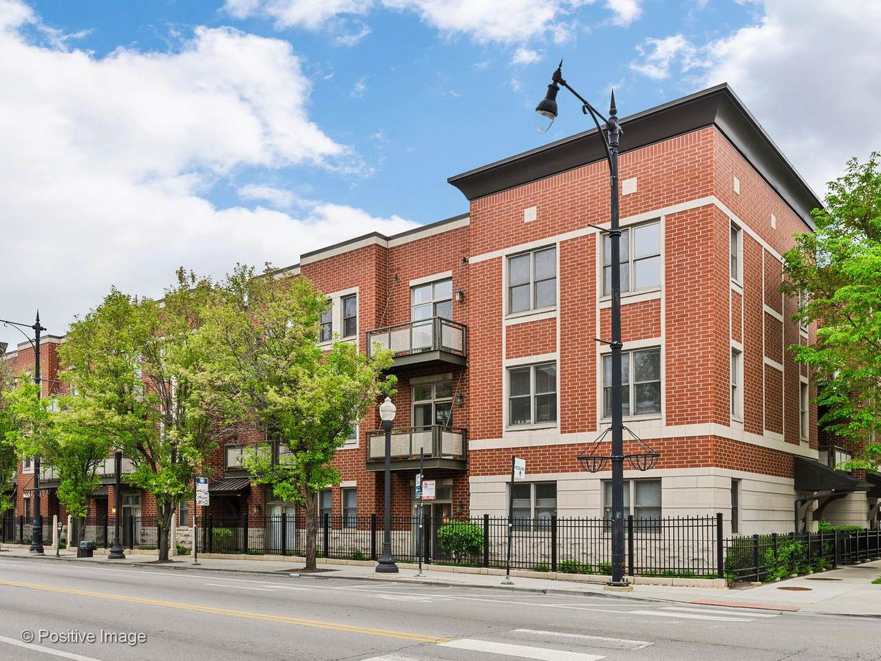 1351 Halsted Street - Photo 1