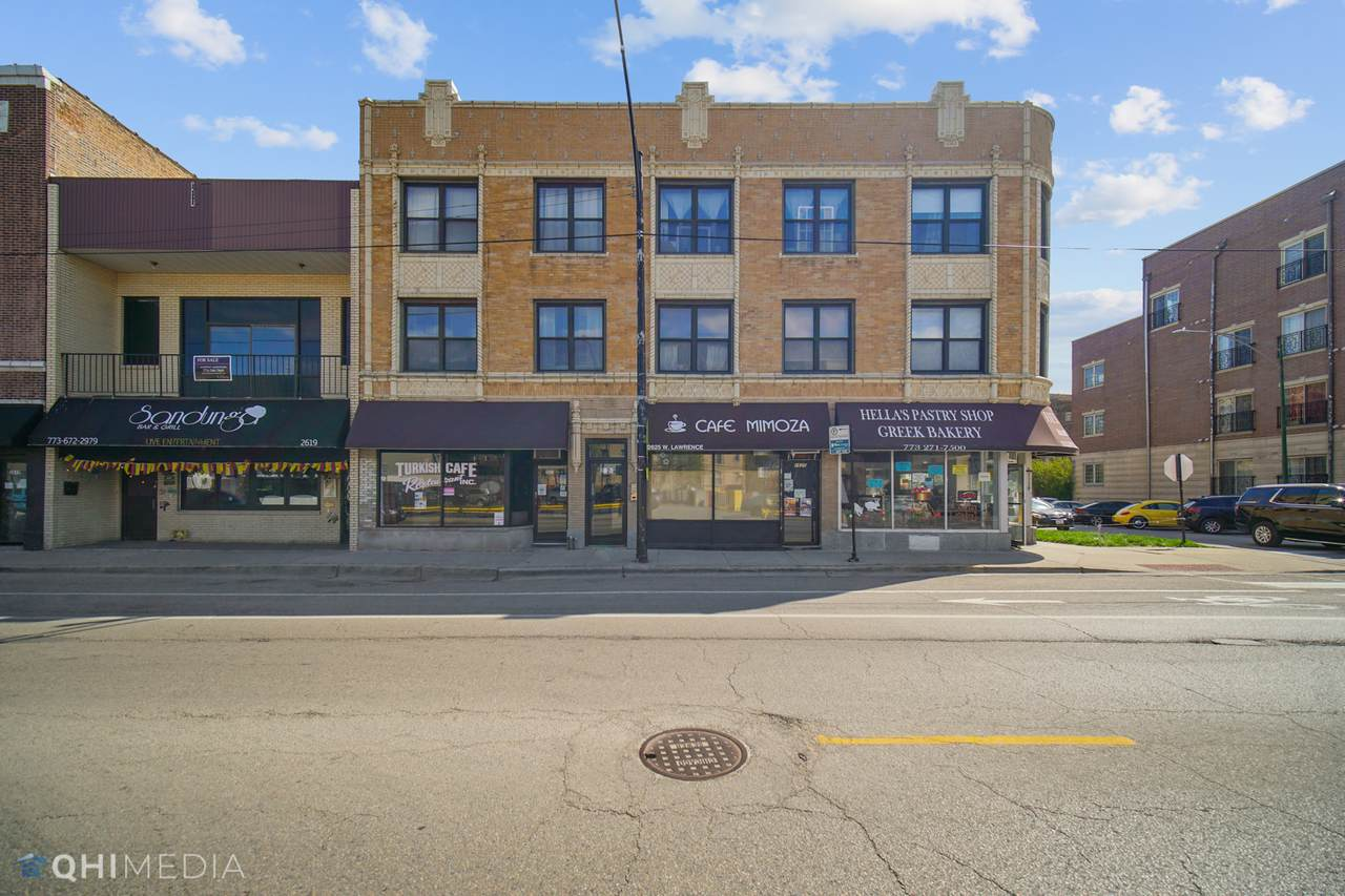 2623 Lawrence Avenue - Photo 1