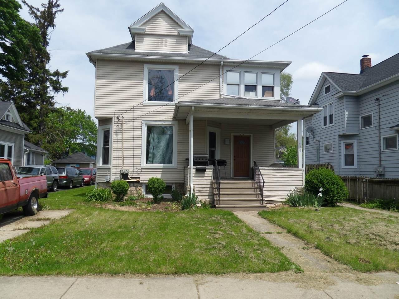 420 Marion Avenue - Photo 1