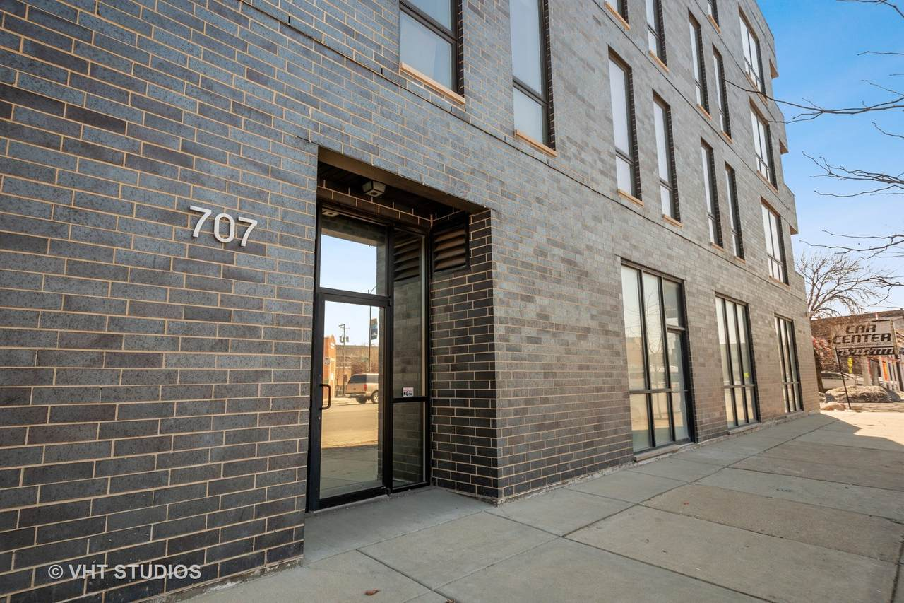 707 Western Avenue - Photo 1