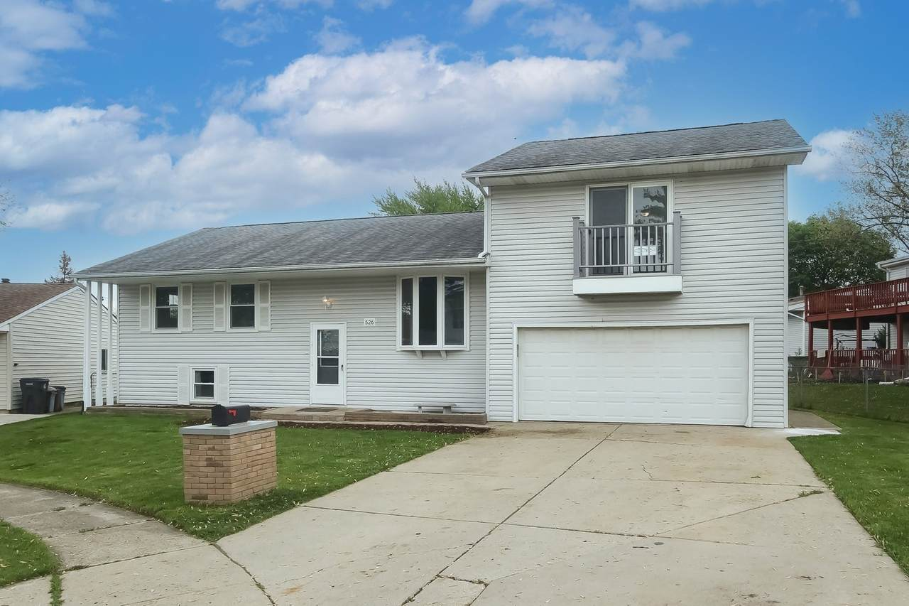 526 Holly Court - Photo 1