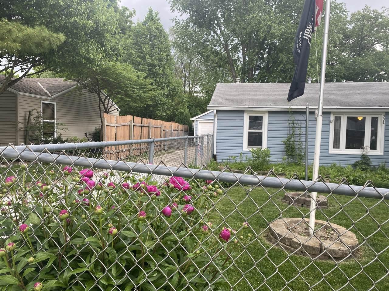 902 Kendall Street - Photo 1