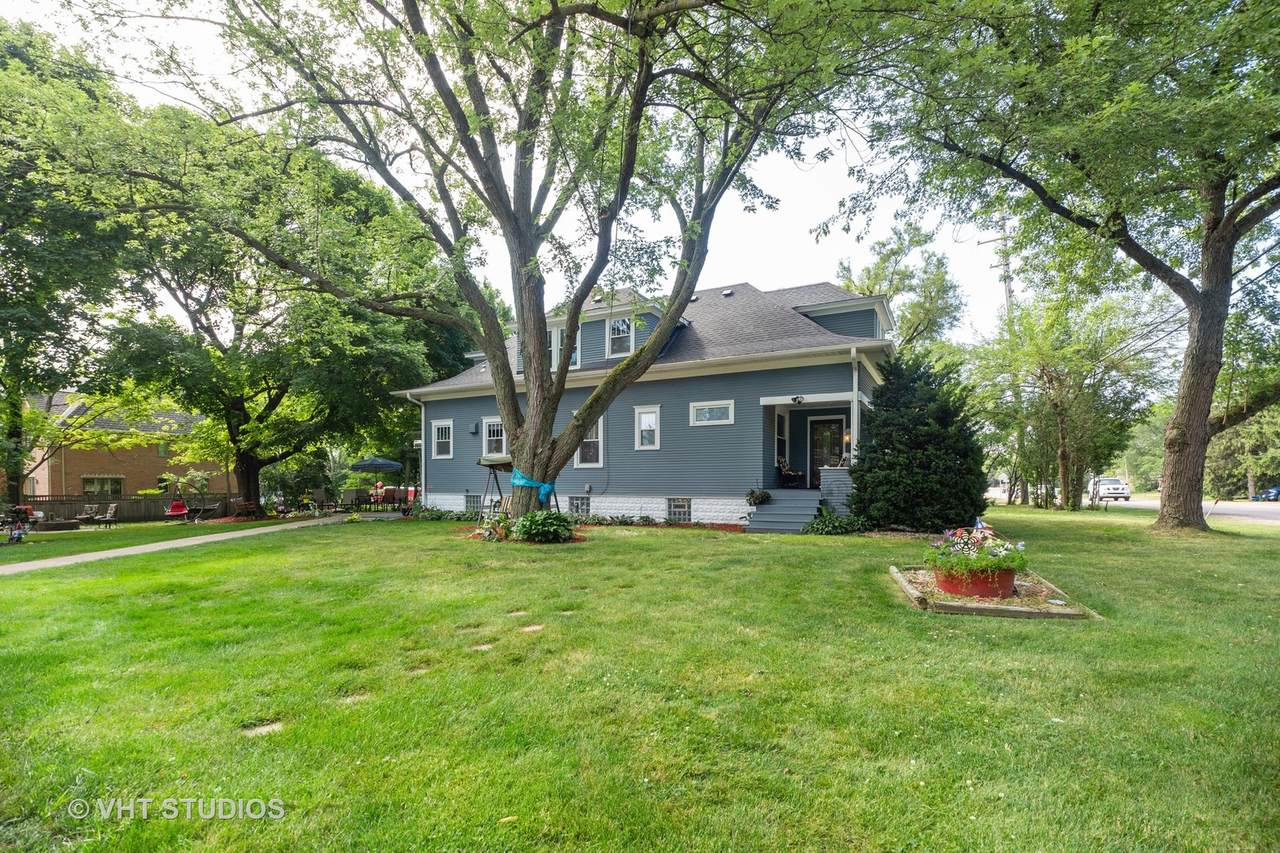 403 Busse Road - Photo 1