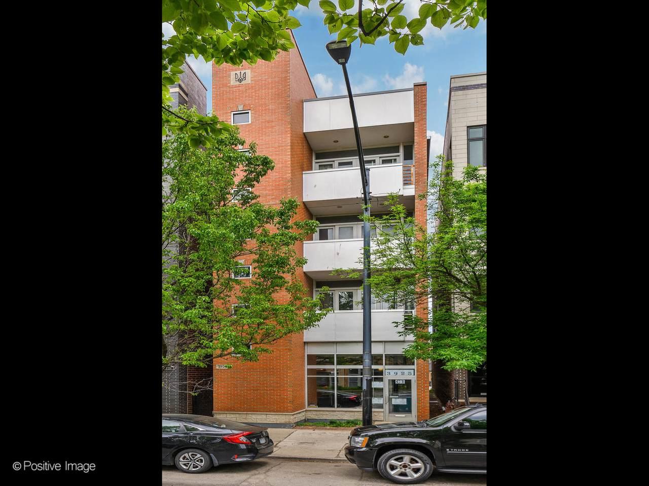3925 Ashland Avenue - Photo 1