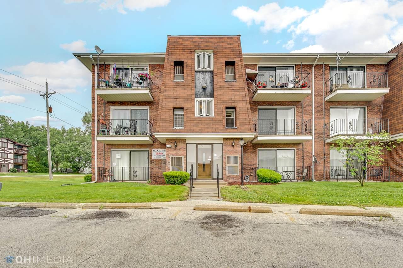 11901 Lawndale Avenue - Photo 1