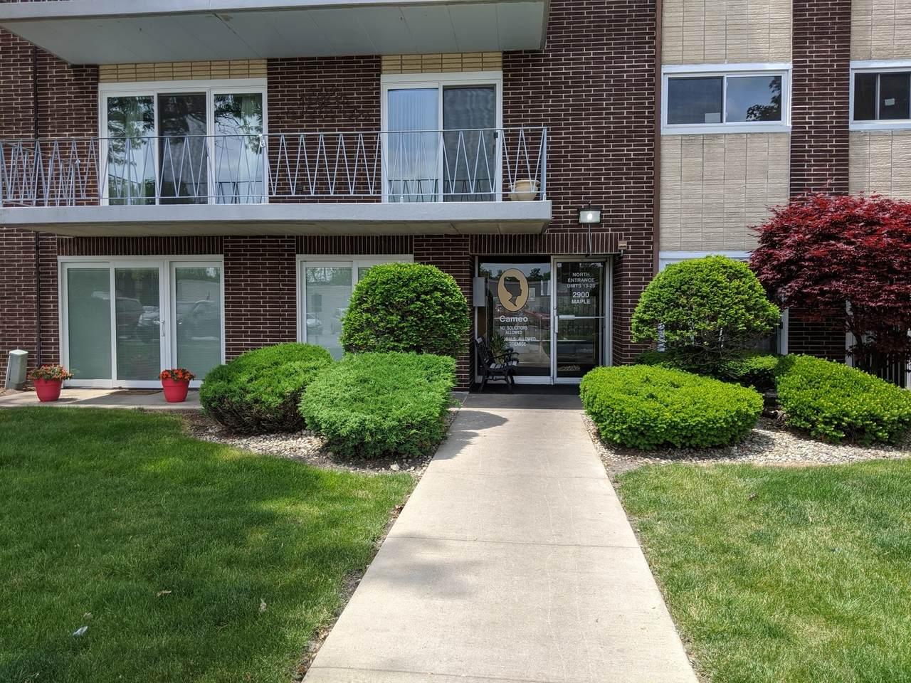 2900 Maple Avenue - Photo 1
