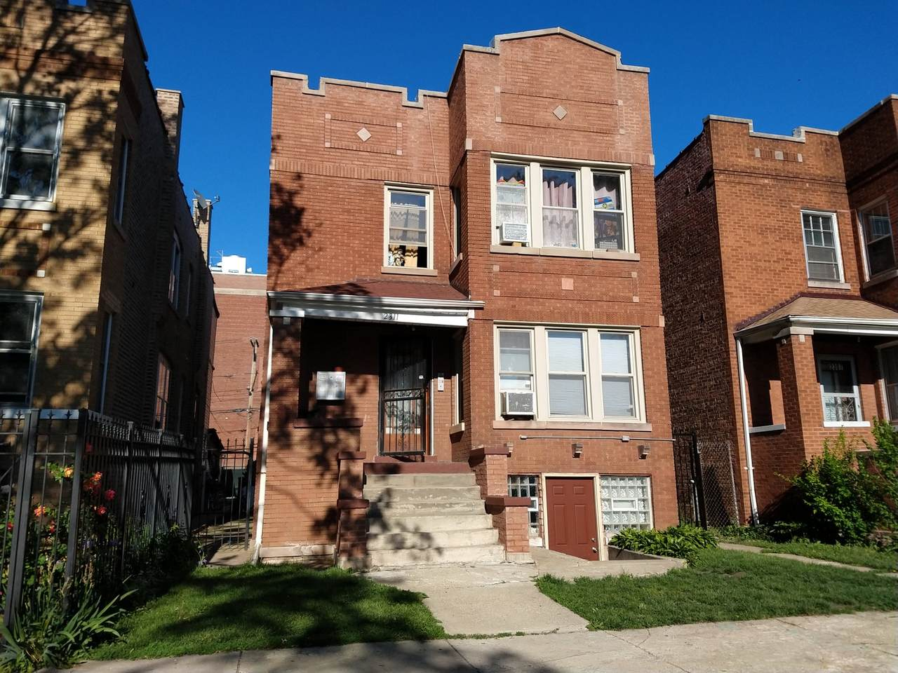 2311 Parkside Avenue - Photo 1