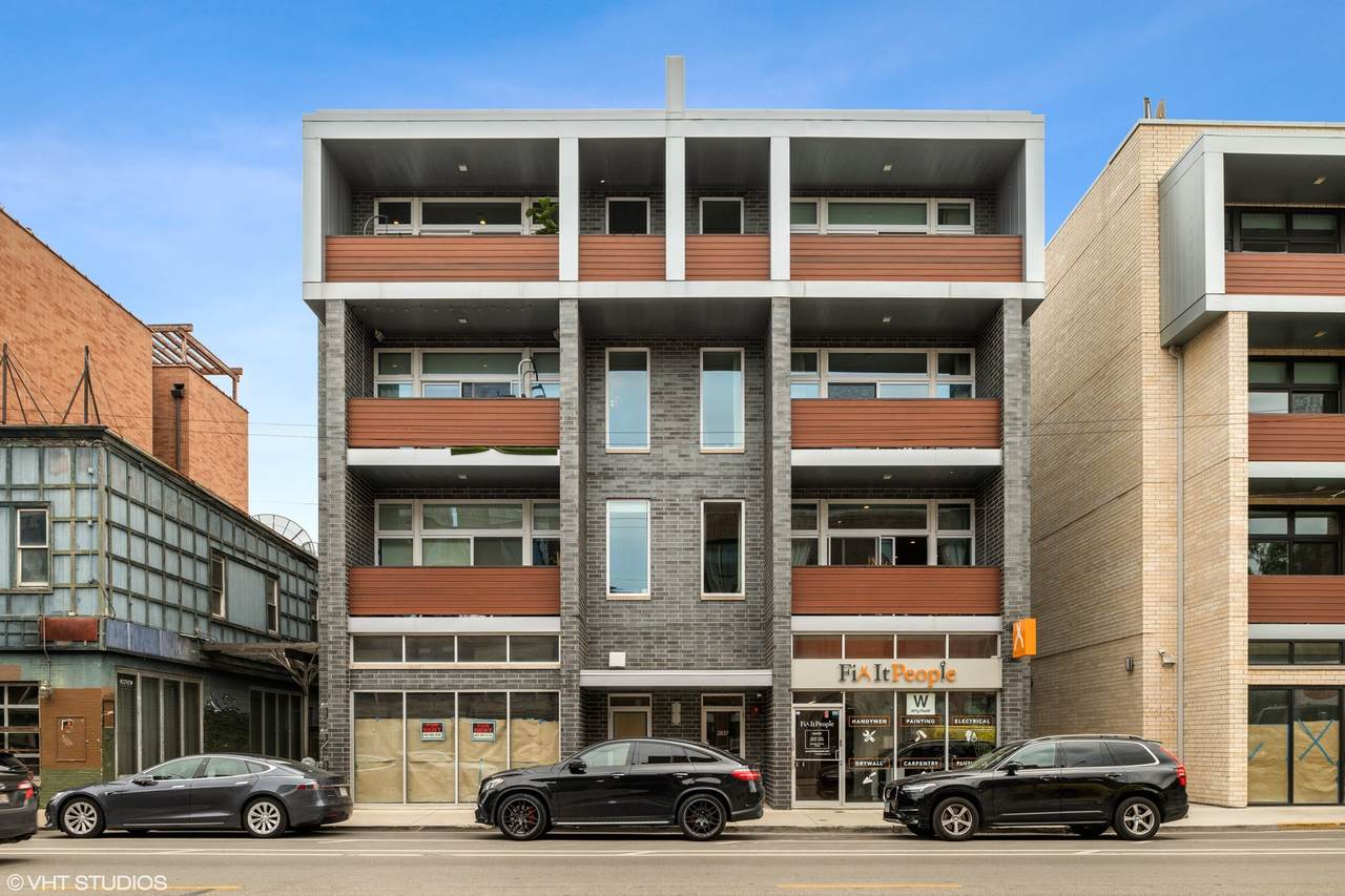 2837 Halsted Street - Photo 1