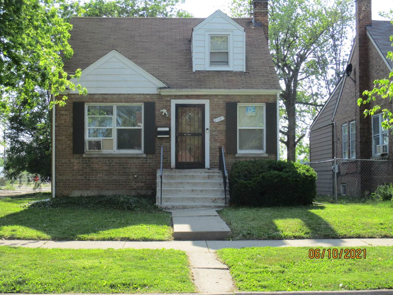 15948 Lathrop Avenue - Photo 1