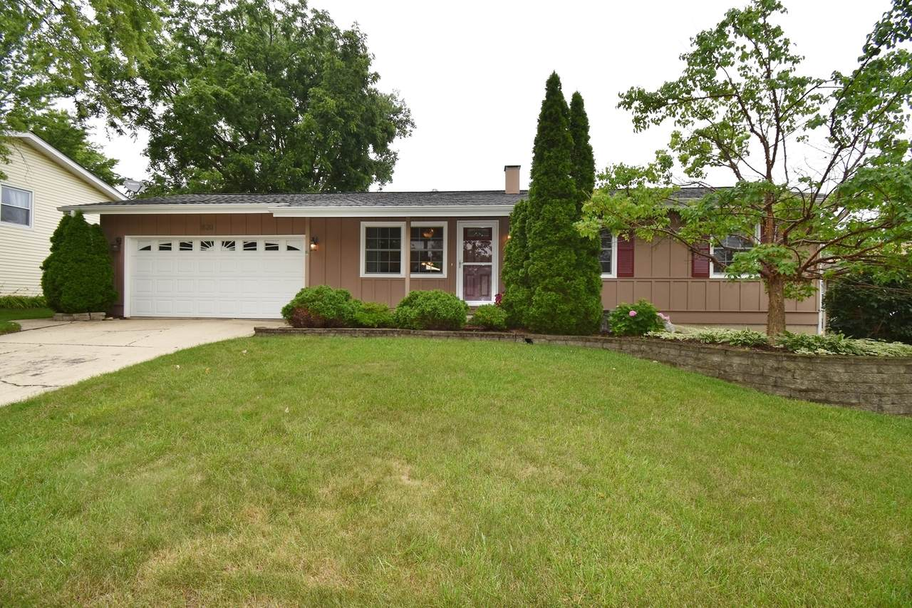 1620 Lucylle Avenue - Photo 1