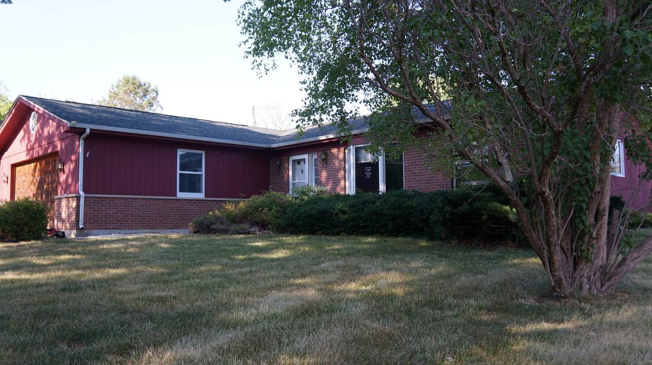 8702 Hill Road - Photo 1