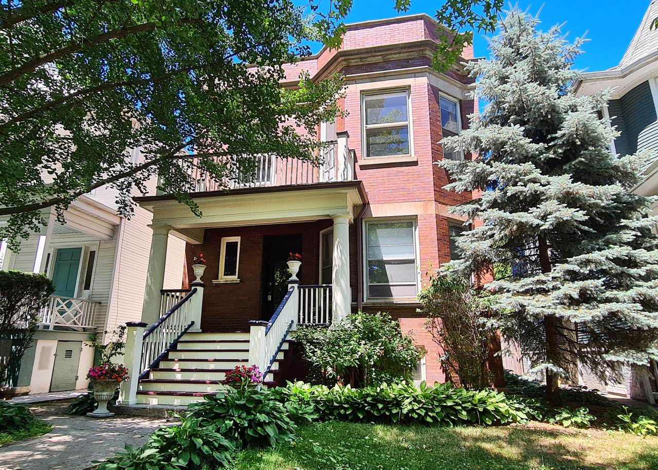 1304 Rosedale Avenue - Photo 1