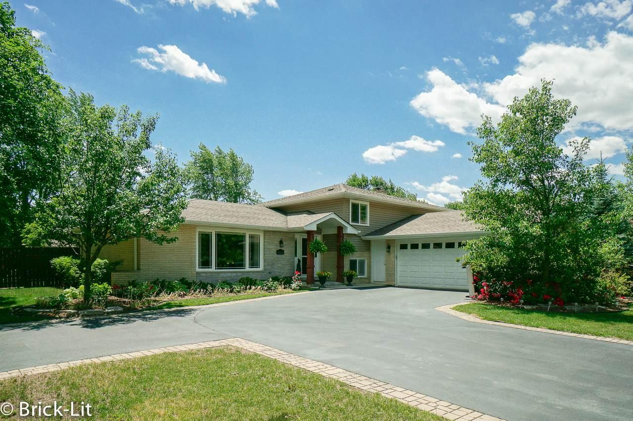 8541 Spruce Drive - Photo 1