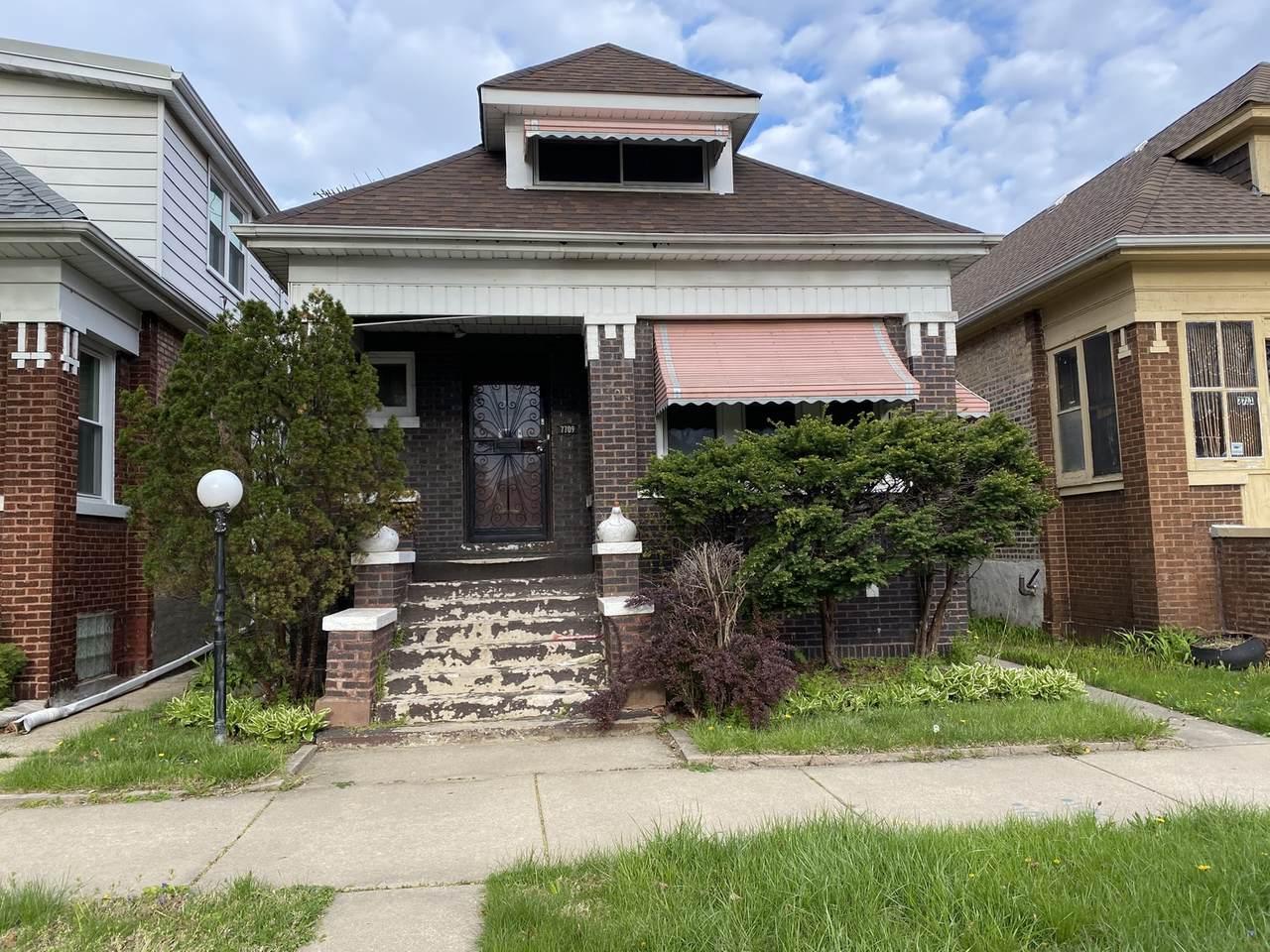 7709 Eberhart Avenue - Photo 1