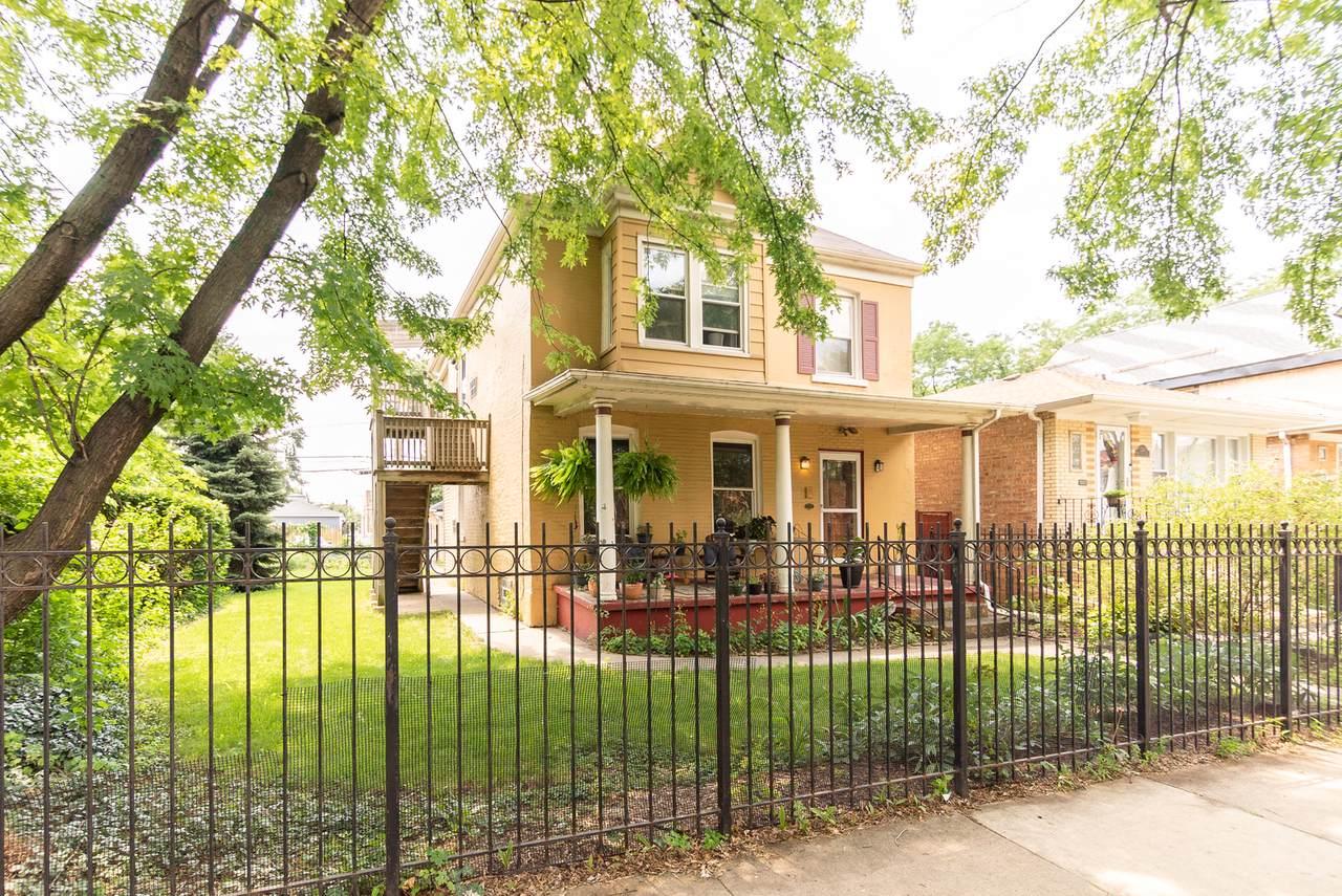 3915 Wrightwood Avenue - Photo 1