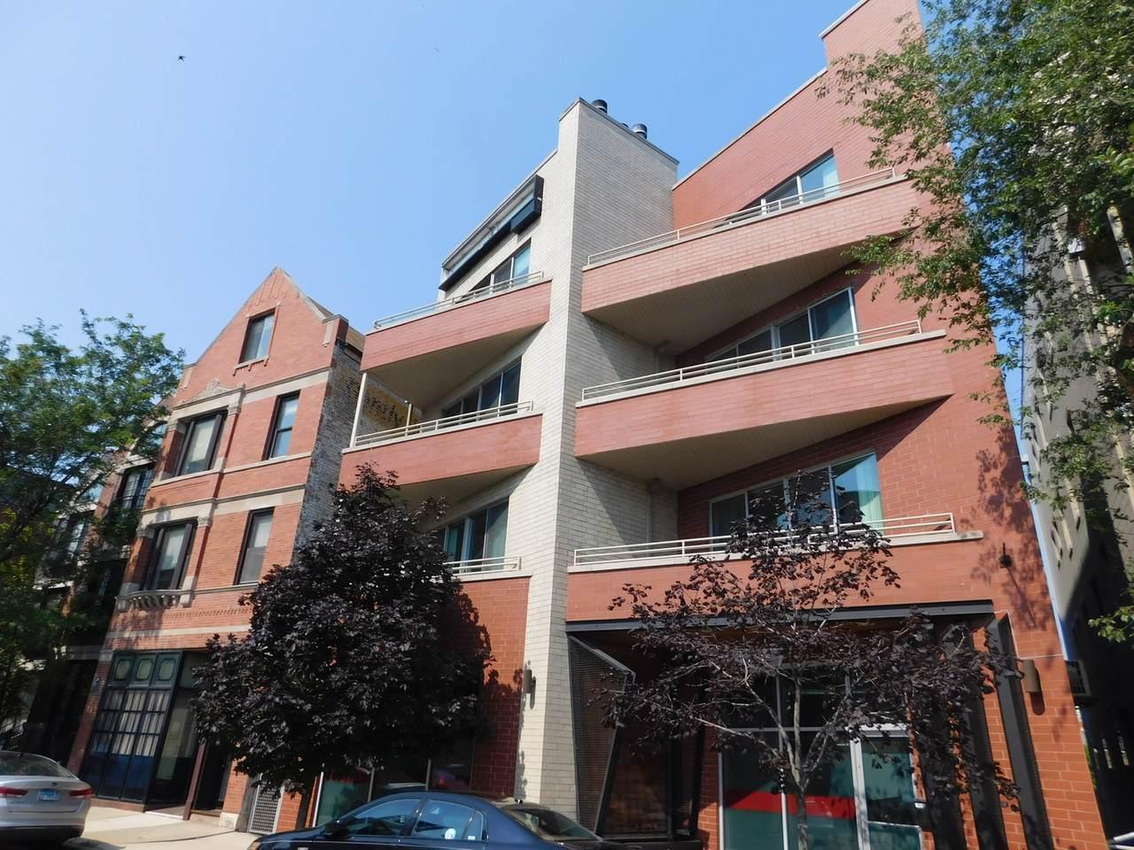 1652 Bosworth Avenue - Photo 1
