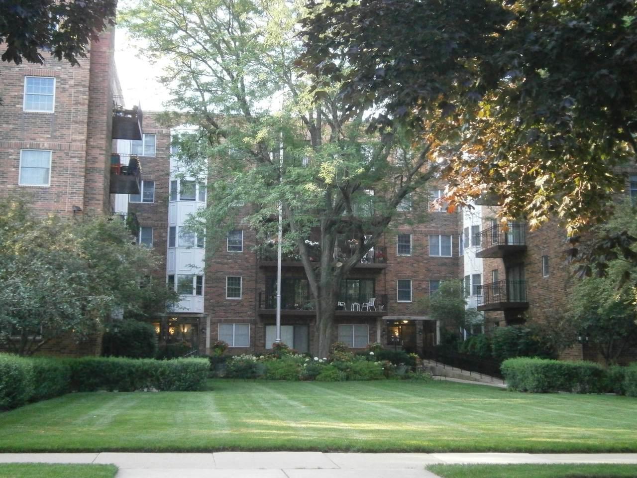 1501 Oak Avenue - Photo 1