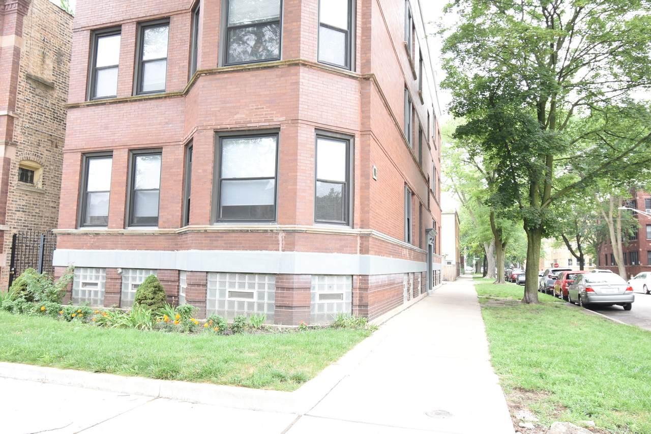 4704 Leavitt Avenue - Photo 1
