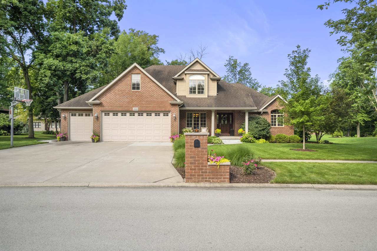 1038 Wooded Crest Drive - Photo 1