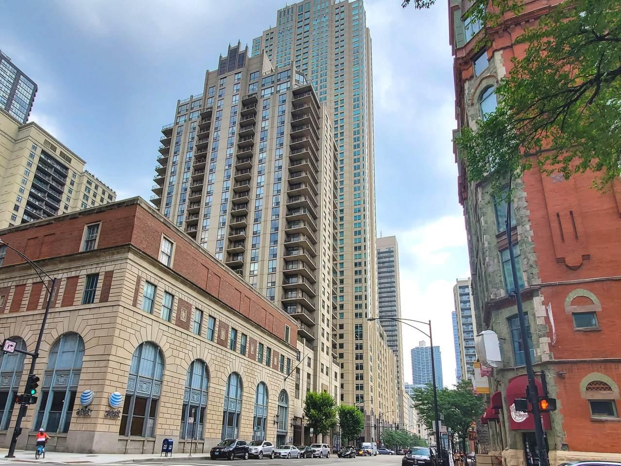 635 Dearborn Street - Photo 1