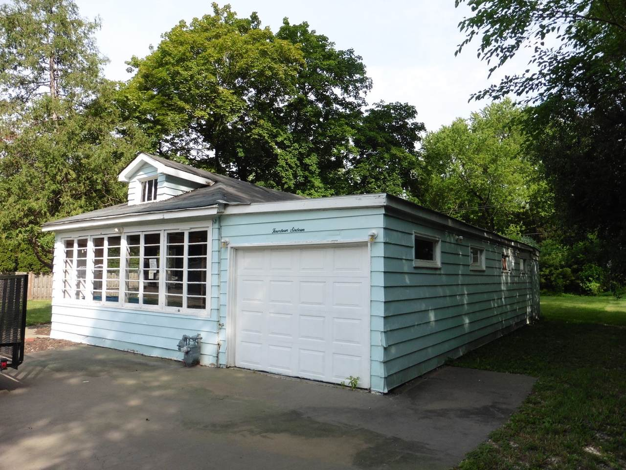 1416 Lowe Drive - Photo 1