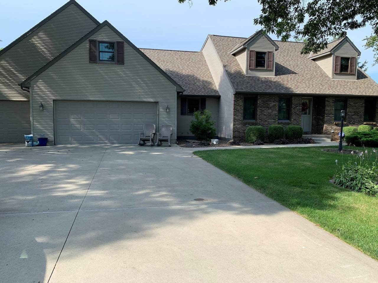 56 Carriage Hill Drive - Photo 1