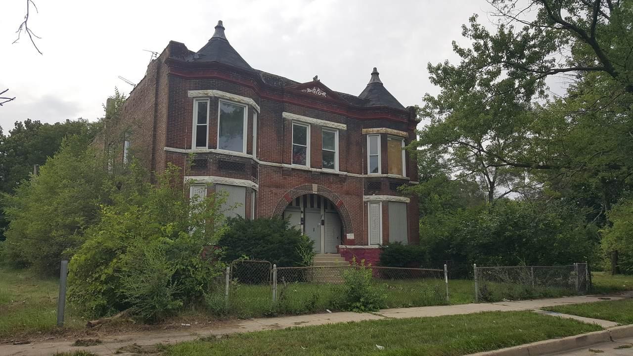 6732 Lowe Avenue - Photo 1