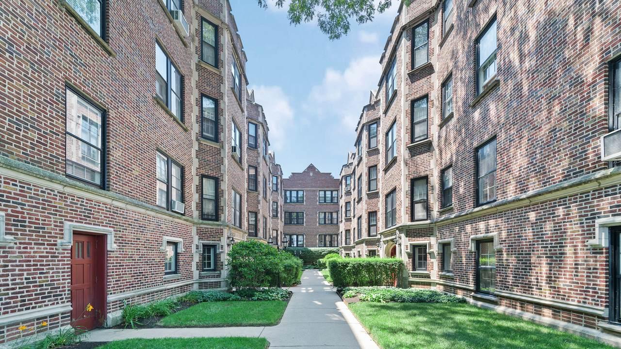 562 Sheridan Square - Photo 1