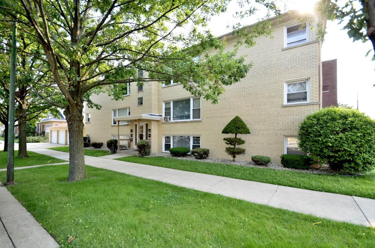 5901 Montrose Avenue - Photo 1