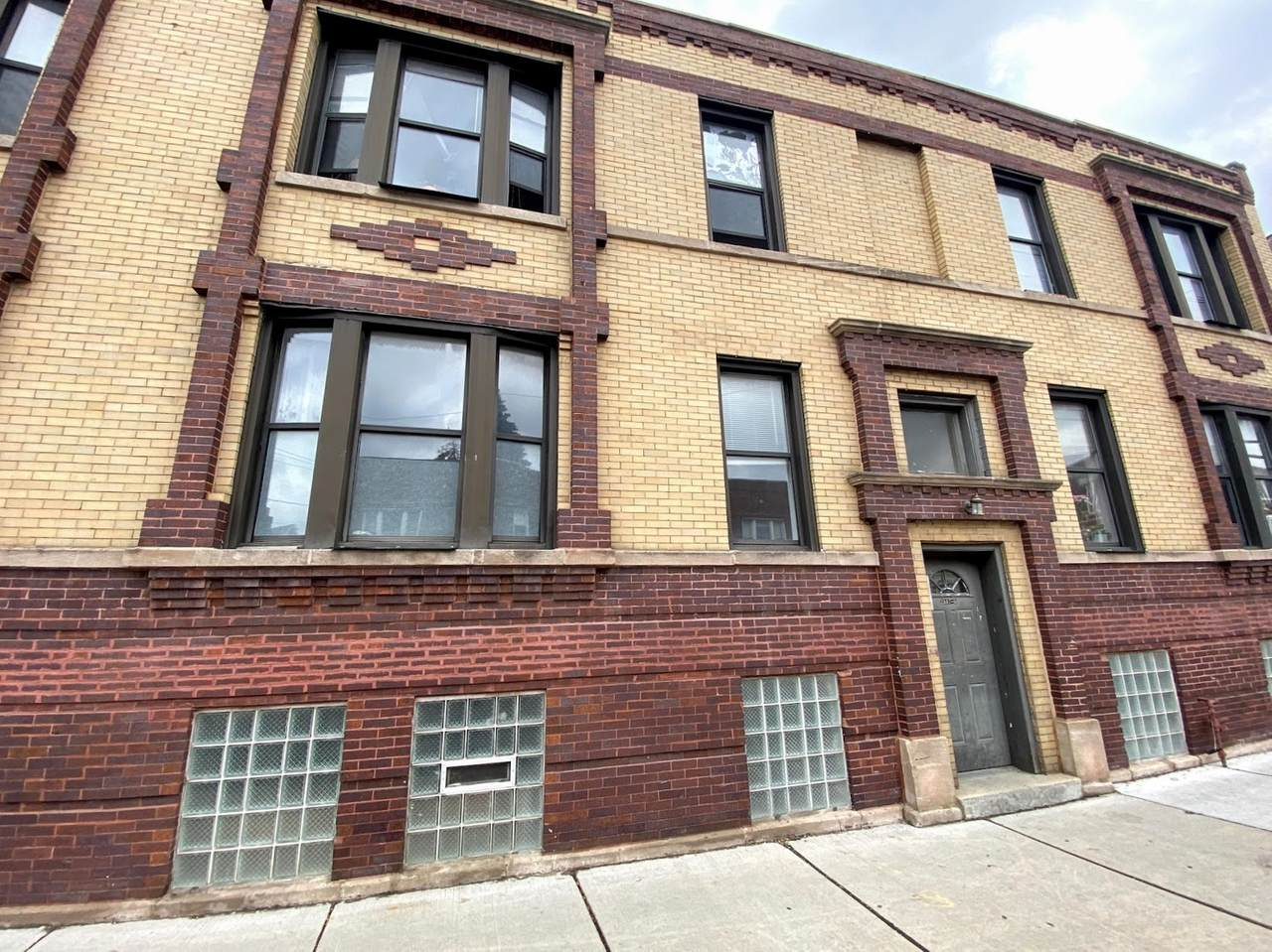 3554 Diversey Avenue - Photo 1