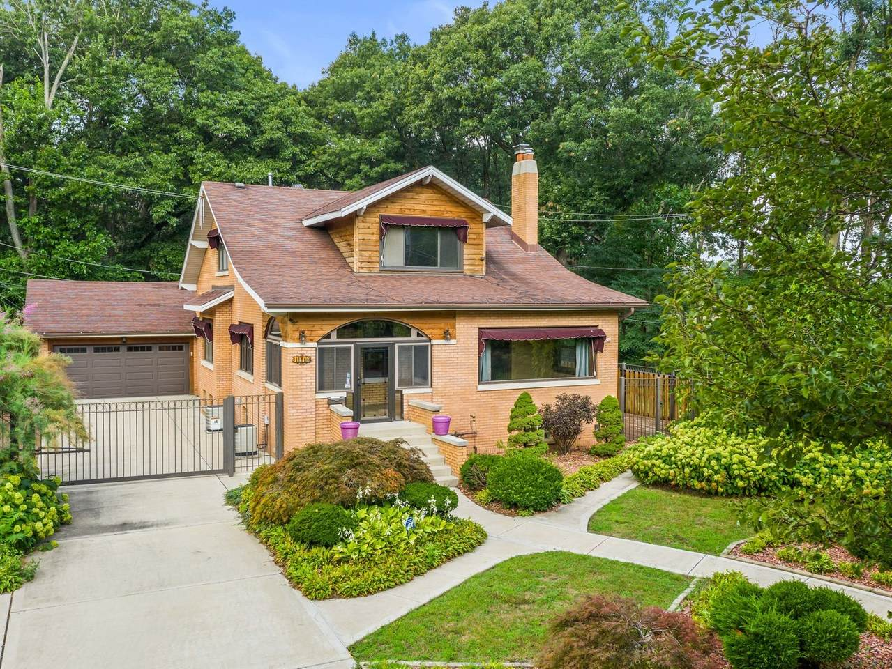 1014 Forest Hill Street - Photo 1