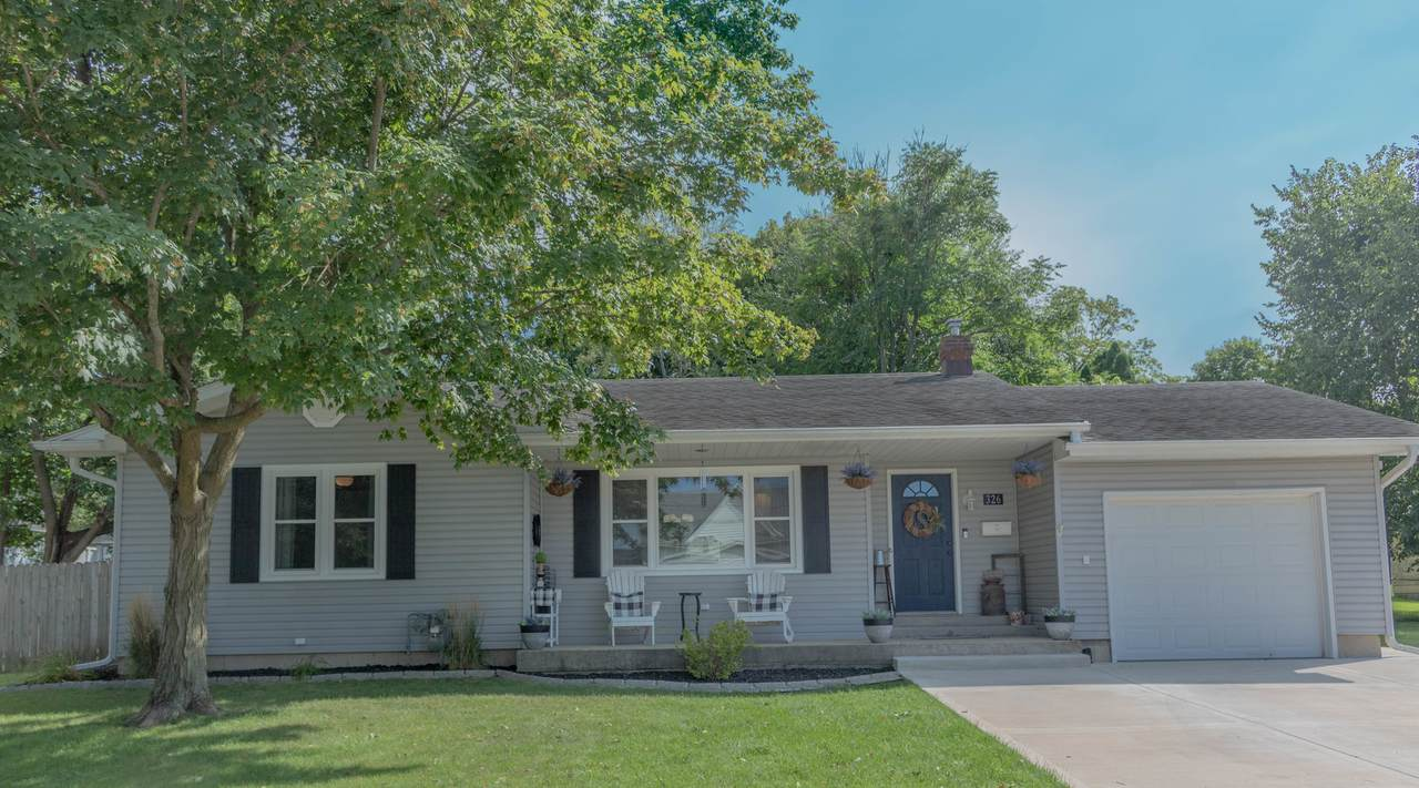 326 Plymouth Court - Photo 1