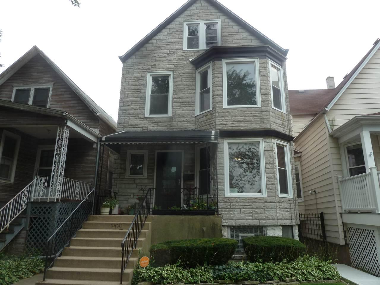 3430 Hamlin Avenue - Photo 1