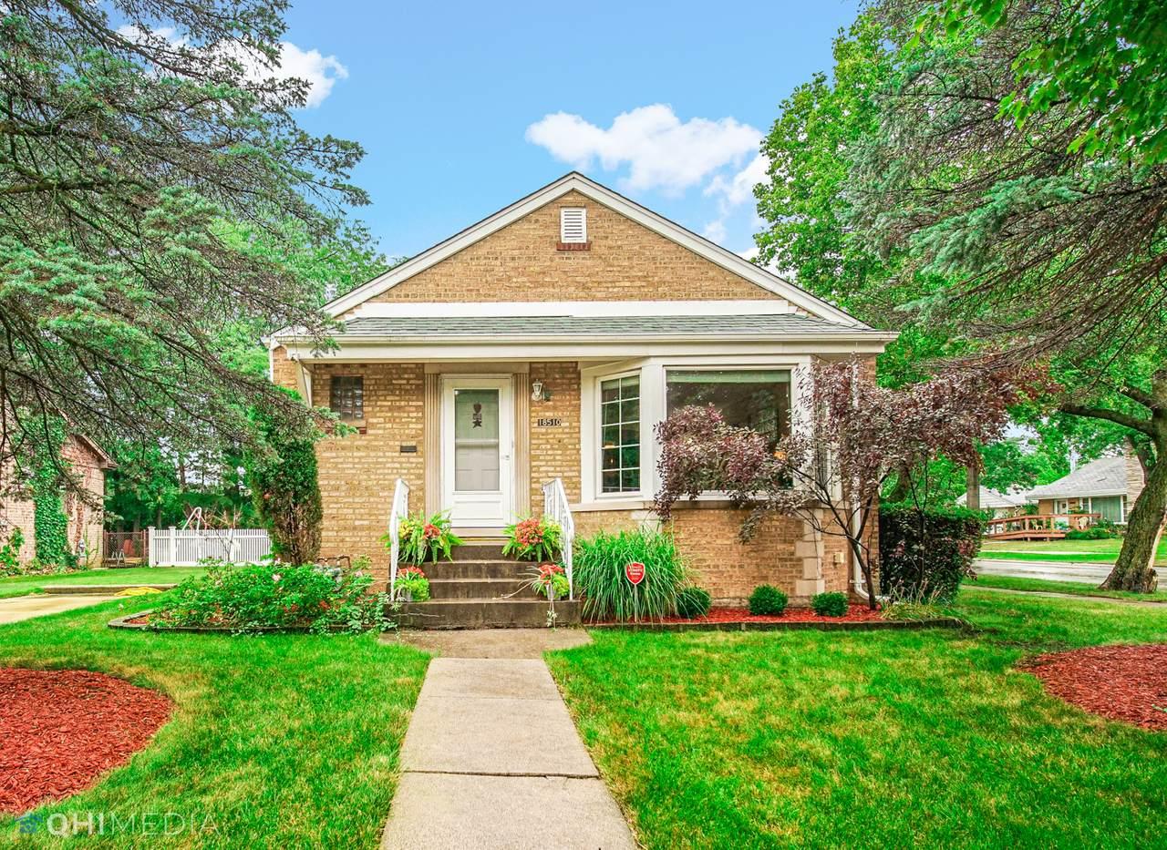 18510 Homewood Avenue - Photo 1