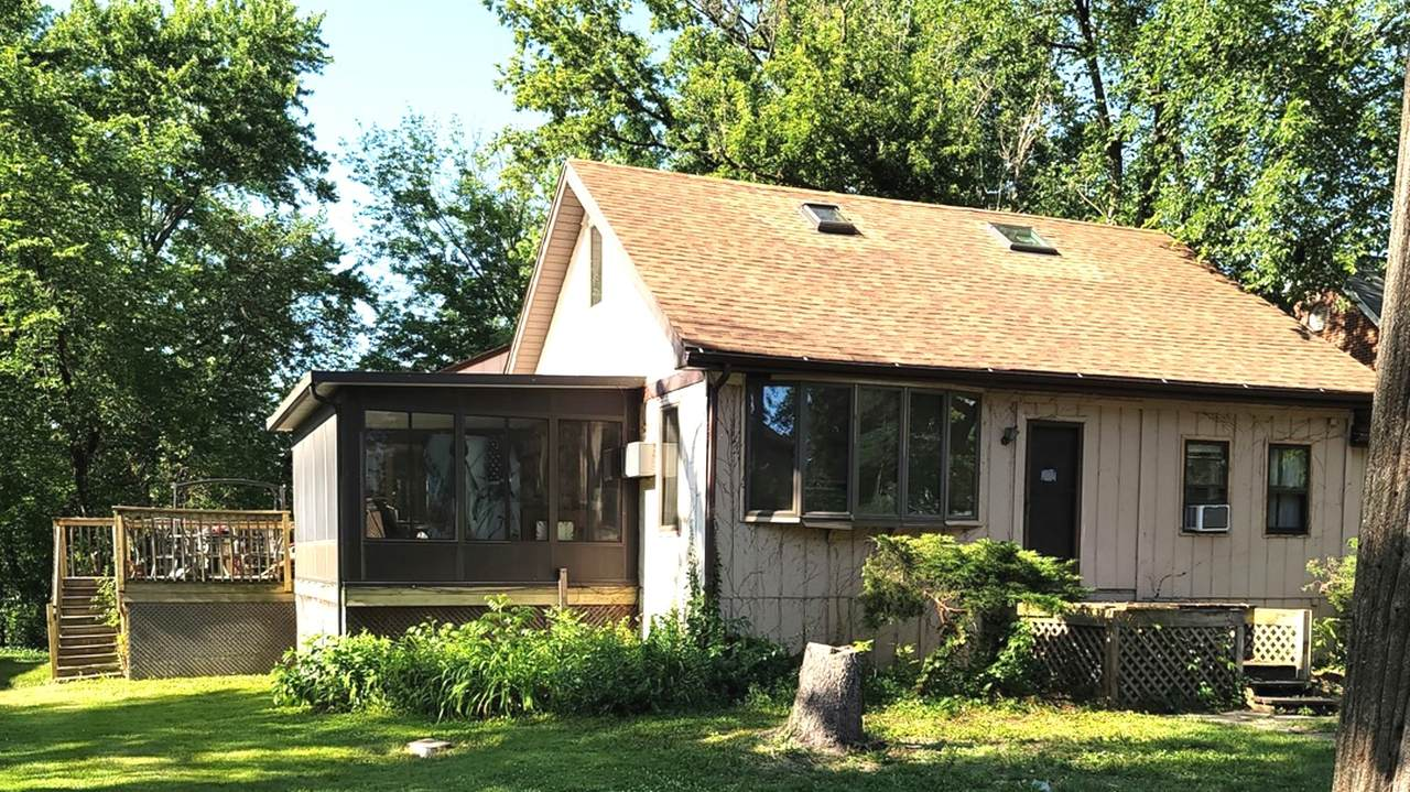 2166 Maple Road - Photo 1